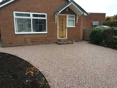 Front of resin driveway Hedon