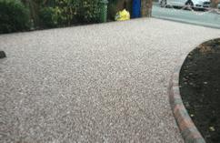 hedon-edge-of-driveway