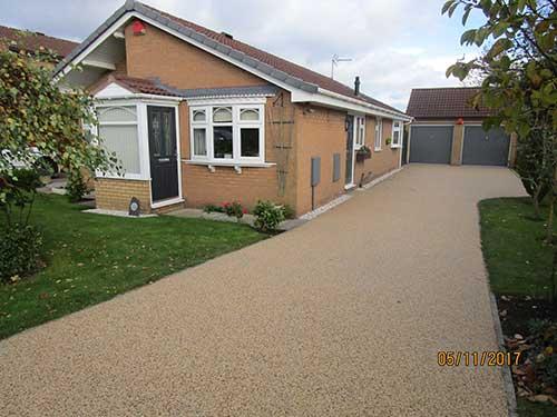 Completed resin driveway in Kirk Ella.