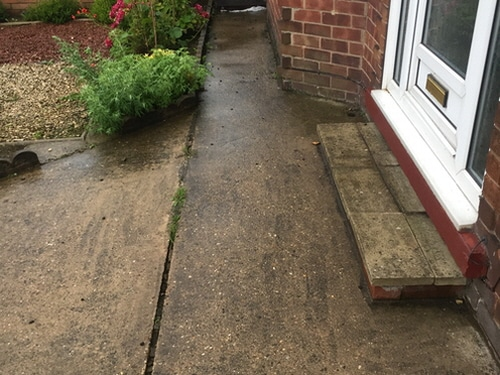 Concrete steps and pathway in Scunthorpe before resin bound surfacing applied